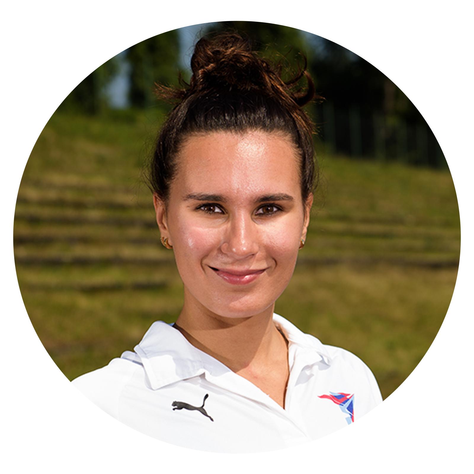 <h6><strong>Daniela Balatoniová</strong></h6>